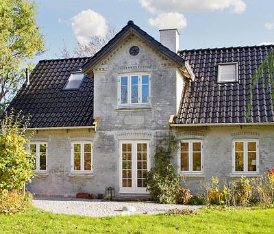 Nyt flot 200 m2 ædelengoberet teglstenstag fra Monier i Roskilde